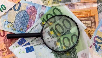 Hoekstra wil meer duidelijkheid creëren over Wwft-verplichtingen banken